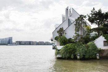 威芙獲獎濱水飯店