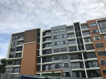 斯里拉查櫻花服務式公寓飯店