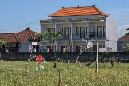 艾里峇里島日落路帕洛瑞登 6 號飯店