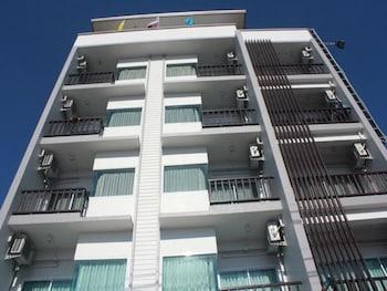 新蘇帕塔庫爾公寓飯店