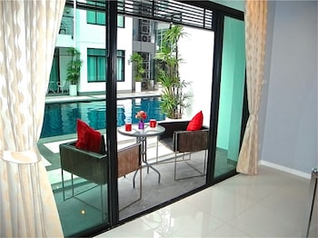卡馬拉麗晶 2 房泳池公寓飯店