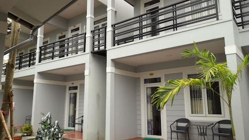 邦邦平房飯店