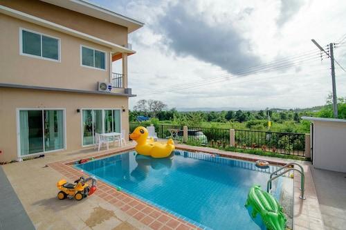 帕圖游泳池別墅