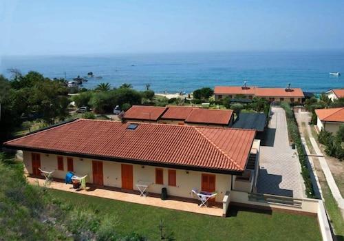 卡瑟特海濱飯店