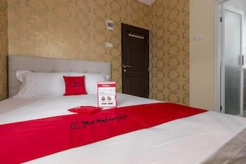 希佩特達邁瑞德多茲普拉斯飯店