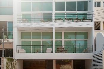 菲娜海岸海景頂層房飯店
