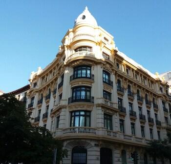 馬德里薩爾第耐羅飯店