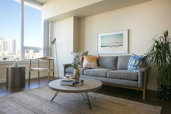Modern 1BR in Downtown SD