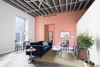 Vibrant 1BR in Downtown Crossing