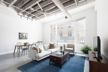 Expansive 1BR in Downtown Crossing
