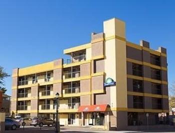 市中心伊克諾旅店