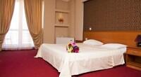 Deluxe Room, 2 Bedrooms