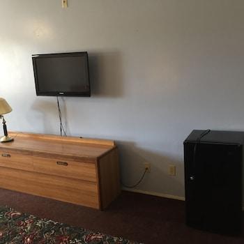 Travel Inn - Chula Vista, CA 91910 - Guestroom
