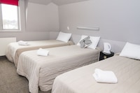 Triple Room, 3 Twin Beds, Ensuite