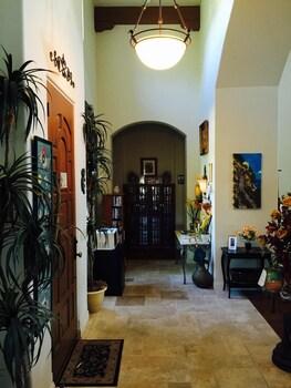 Desperado Inn - Paso Robles, CA 93446 - Lobby