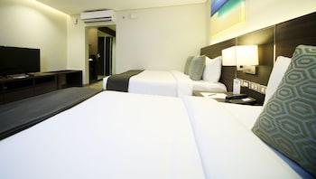 Fairways and Bluewater Resort Boracay Guestroom