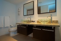 Suite, 2 Bedrooms - Non Refundable