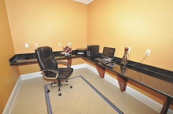La Quinta Inn & Suites Bowling Green - Bowling Green, KY 42104 - Business Center