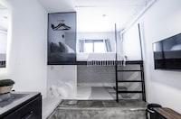 Exclusive Designer Suite for 4