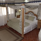 Club Arias Bed & Breakfast