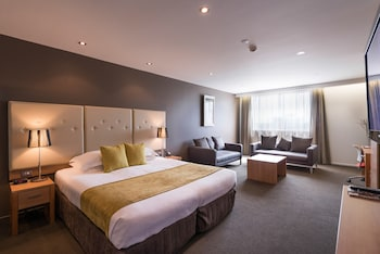 Rendezvous Hotel Christchurch - Featured Image