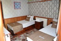 Comfort Double Room, 1 Double Bed (Comfortable) - Breakfast Included
