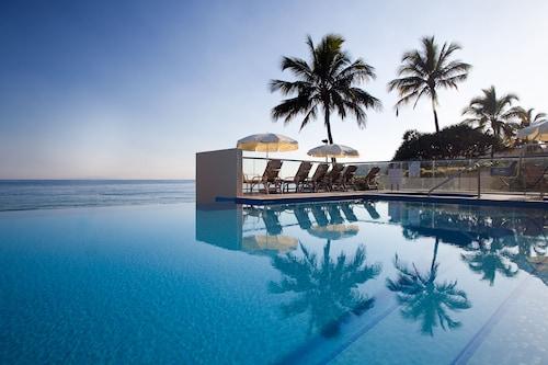 庭吉拉納努沙飯店