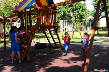 Jpark Island Resort & Waterpark Cebu Childrens Play Area - Outdoor