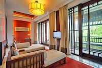 Suite, 1 King Bed, Terrace (Water View)