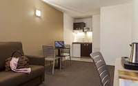 2 rooms, 1-4 persons, 2 beds and 1 sofa bed