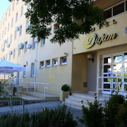 杜傑姆飯店