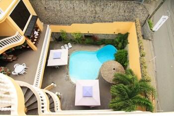Mermaid Resort Puerto Galera Pool