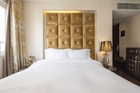 Executive Room, 2 Single Beds (free soft drink or beer)