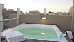 フィエロ ホテル ブエノスアイレス