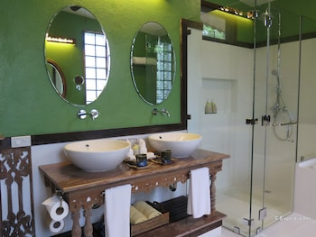 Amarela Resort Bohol Bathroom Sink