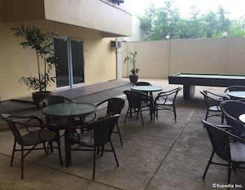 Cleverlearn Residences Cebu Dining