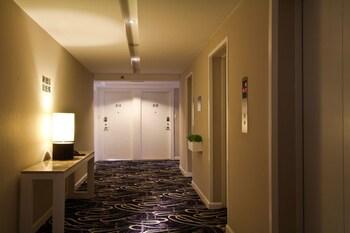 The B Hotel Manila Hallway