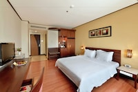 Deluxe Room, 1 Double or 2 Single Beds, Smoking