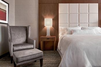 The Westin Phoenix Downtown - Phoenix, AZ 85004 - Guestroom