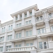 特里尼提巴塔木飯店