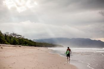Latitude 10 Exclusive Beach Resort-15