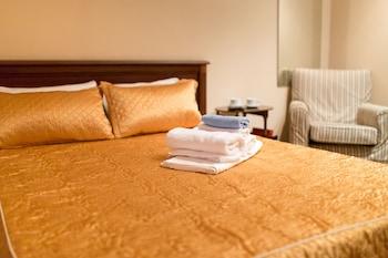 加州飯店波克羅夫卡加利福尼亞飯店