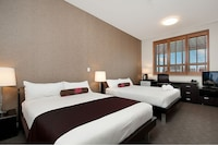 Premium Twin Room, 2 Double Beds