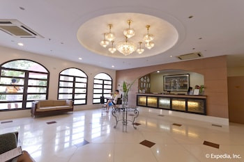 EGI Resort and Hotel Mactan Lobby