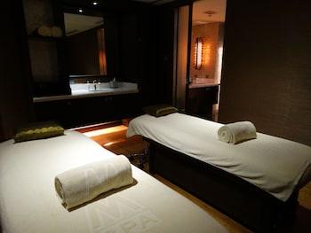 Maximz Tower Hotel Pasay Massage