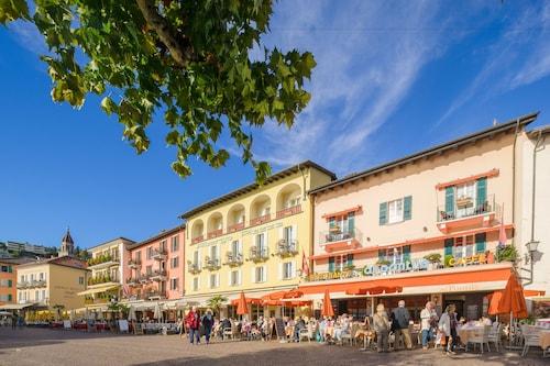 Piazza Ascona Hotel & Restaurants
