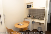 Apartment, 2 Bedrooms, Accessible