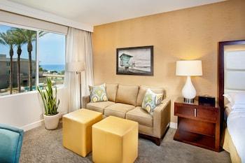 Cape Rey Carlsbad, a Hilton Resort - Carlsbad, CA 92011 - Guestroom