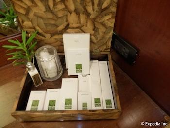 Asya Premier Suites Boracay Bathroom Amenities
