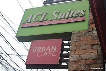 ACL Suites Quezon City Exterior